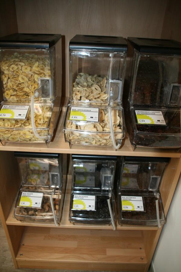 trockenfrüchte und müsse gehören ebenfalls zum sortiment.